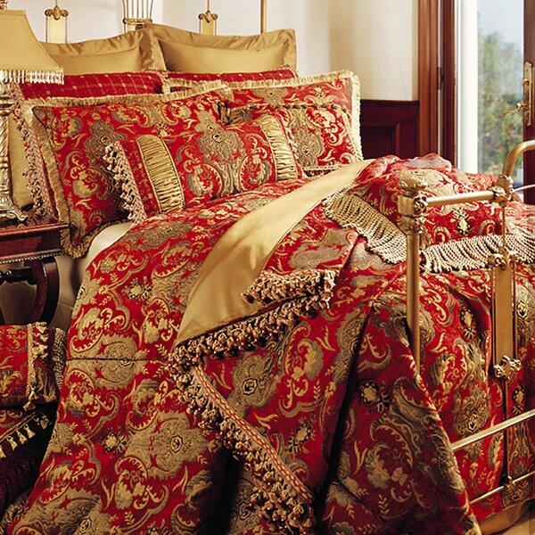 Elva Comforter Collection