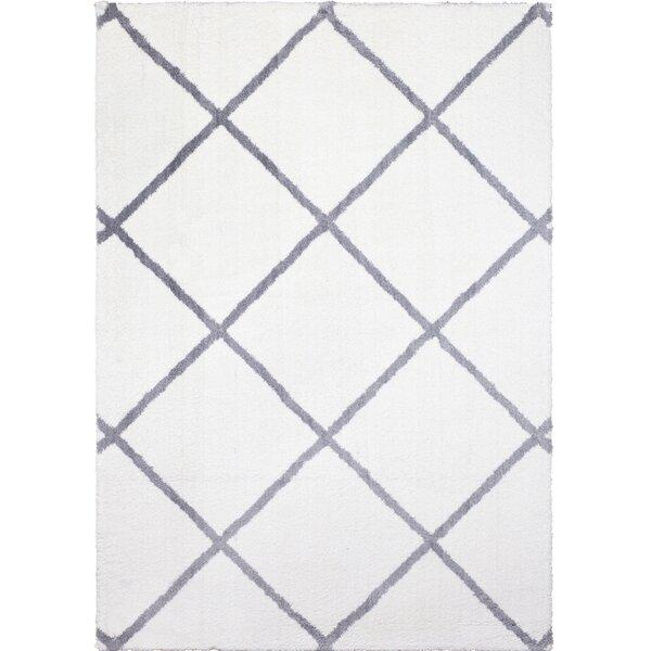Hennings Diamond Ivory/Gray Area Rug by Winston Porter