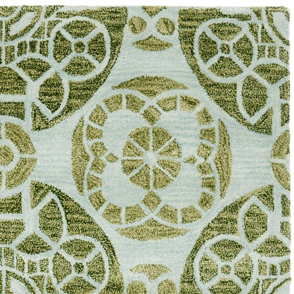 Kouerga Hand-Tufted Green Area Rug by Bungalow Rose