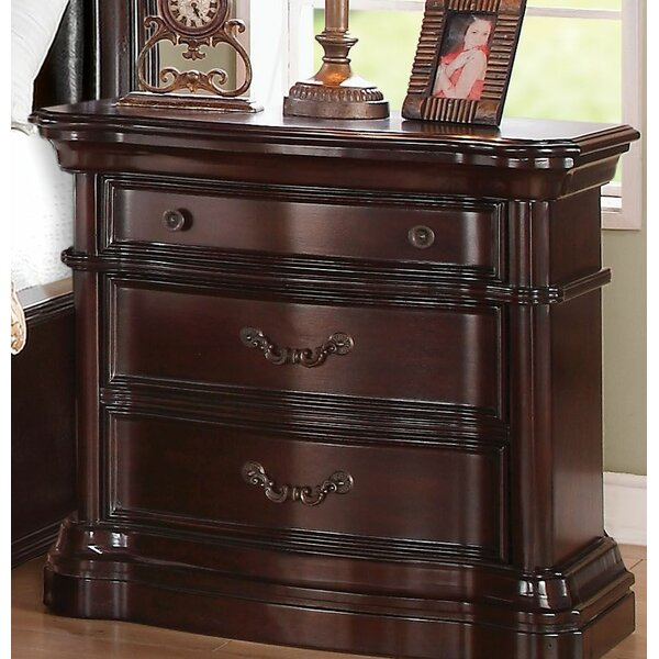 Tre 3 Drawer Nightstand by Astoria Grand