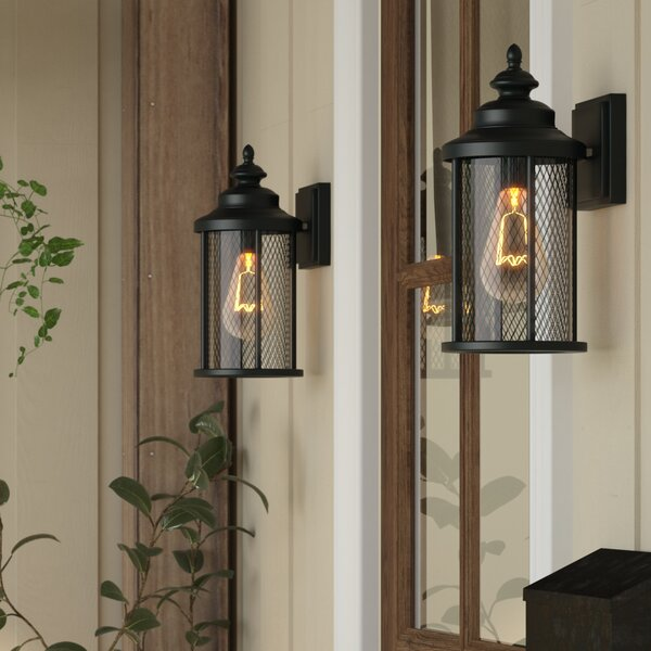 Torrence 1-Light Outdoor Wall Lantern (Set of 2) by Laurel Foundry Modern Farmhouse