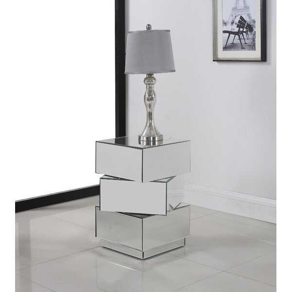 Chih End Table by Everly Quinn