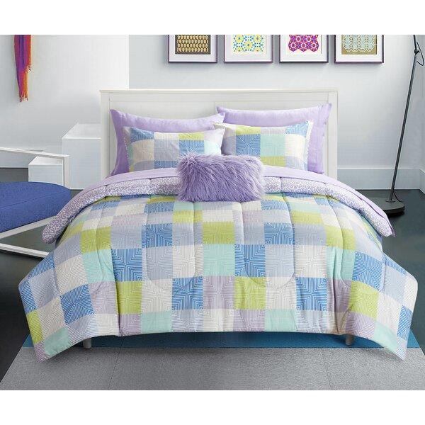 Hartnett Reversible Comforter Set by Zoomie Kids