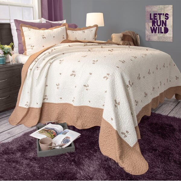 Kaitlyn Quilt Set by Plymouth Home