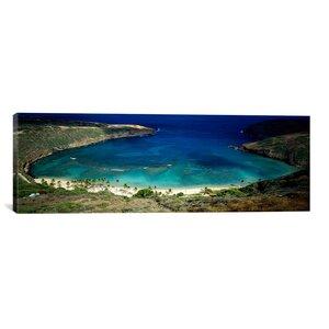 'Hanauma Bay, Oahu, Hawaii' Photographic Print on Canvas by East Urban Home