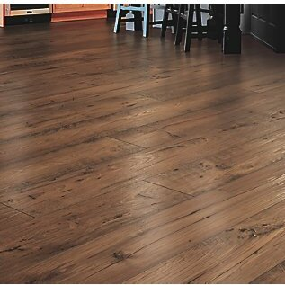 Rugged Vision 7.5 x 54.34 x 11.93mm Chestnut Laminate Flooring in Honey by Mohawk Flooring