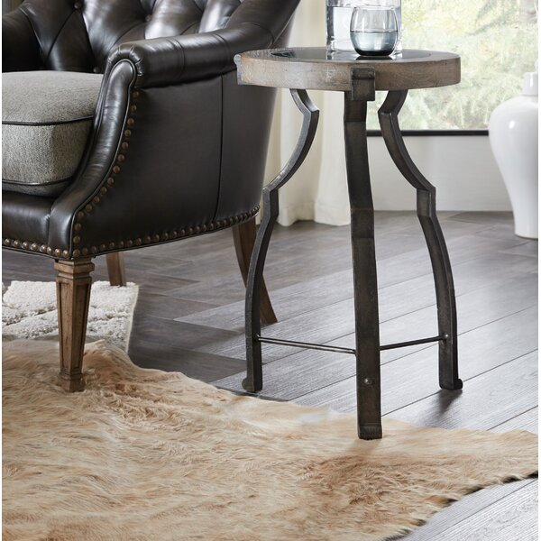Modele Round End Table by Hooker Furniture