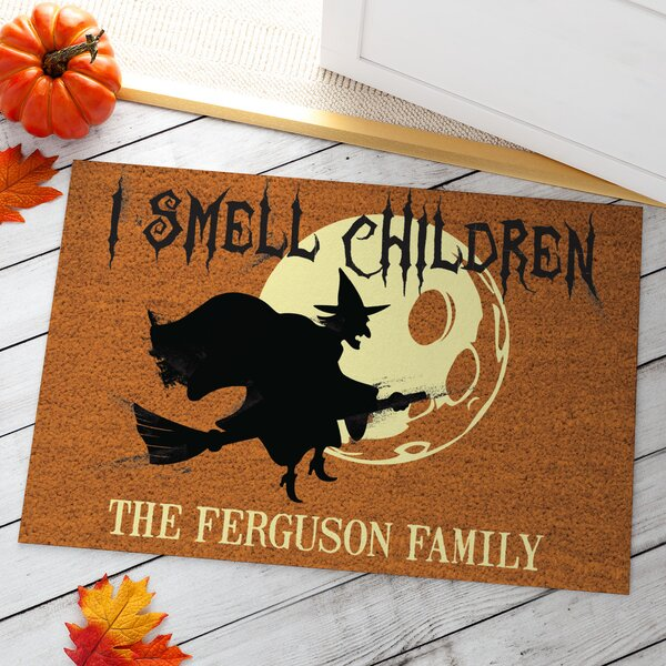 Almanza I Smell Children Personalized Doormat by The Holiday Aisle