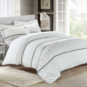 Betsyu00a03 Piece Duvet Cover Set