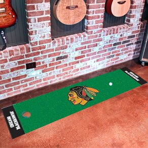 NHL - Chicago Blackhawks Putting Green Doormat by FANMATS