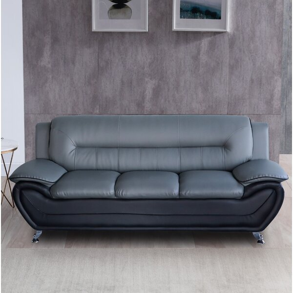 Review Naumann Sofa