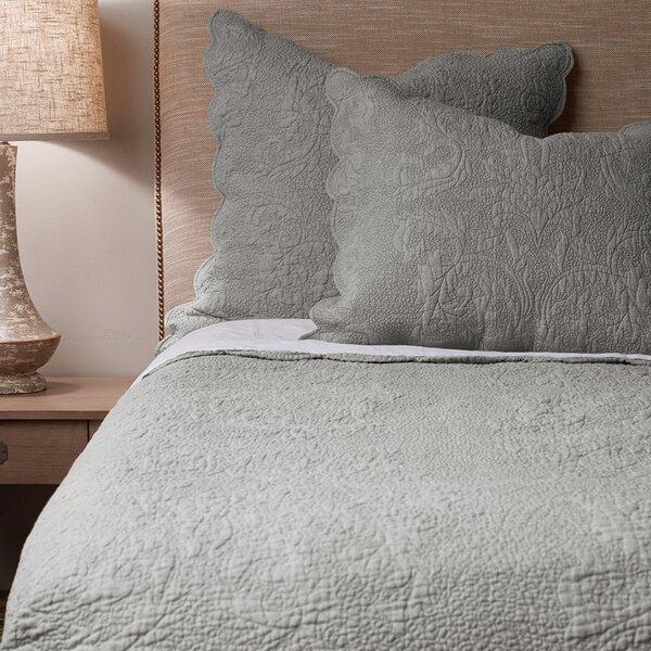 Cale Linen Quilt Set