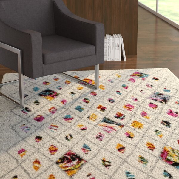 Dorchester Medium Gray/Bright Pink Trellis Area Rug by Ebern Designs