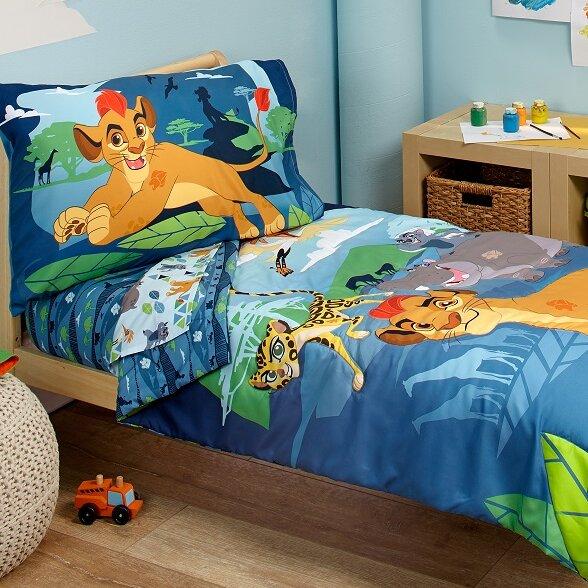 Lion Guard - Prideland Adventure 4 Piece Toddler Bedding Set by Crown Crafts
