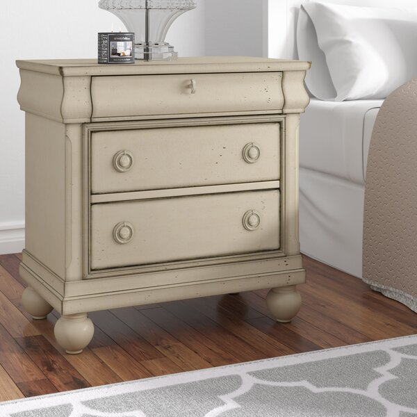 Warlick 3 Drawer Nightstand By Charlton Home by Charlton Home No Copoun
