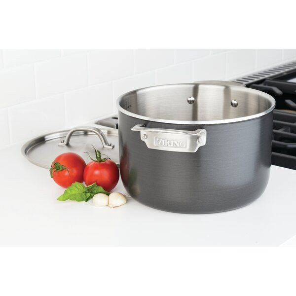 7-qt Stockpot with Lid by Viking