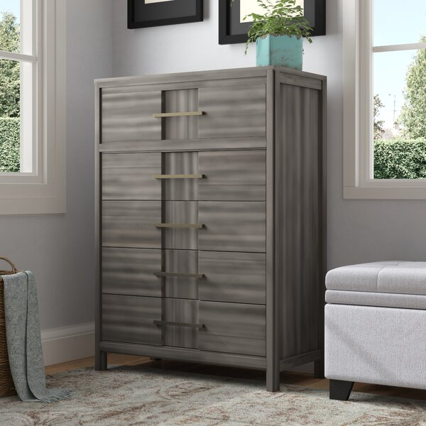 Alona Transitional 5 Drawer Chest by Latitude Run