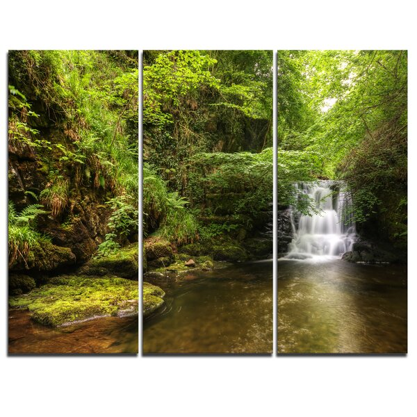 Water Flowing over Rocks - 3 Piece Photographic Print on Wrapped Canvas Set by Design Art