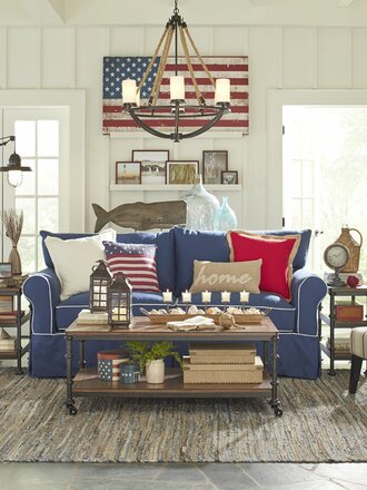Then Add In Warm Elements Like Accent Pillows Throw Blankets And Tchotchkes To Make It Feel Like Home An Americana Home Looks And Feels Effortless Like