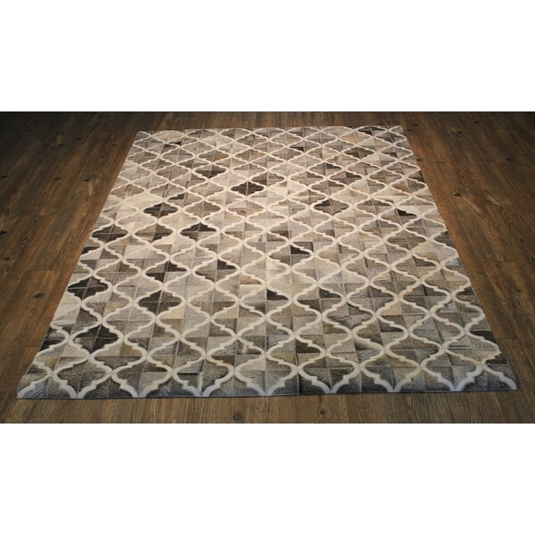 Korbin Handmade Gray Area Rug by Latitude Run