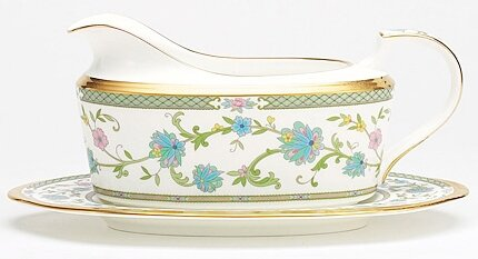 Yoshino 16 oz. Gravy Bowl with Tray by Noritake