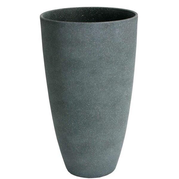 Bayliff Composite Pot Planter by Fleur De Lis Living