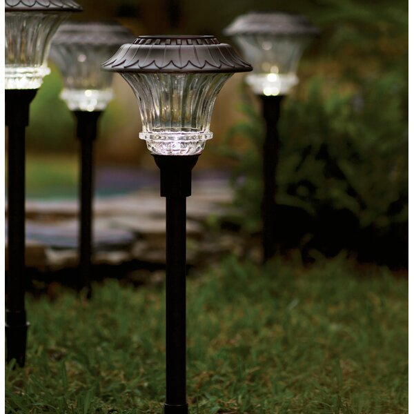 1-Light Pathway Light (set Of 4) By Plow & Hearth.