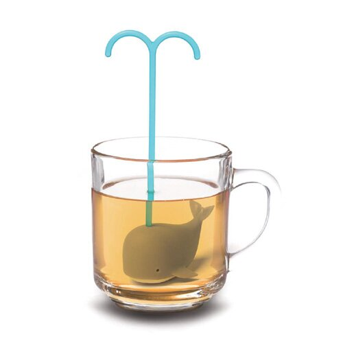 Modern Home Diving Whale Loose Tea Infuser by Vandue Corporation