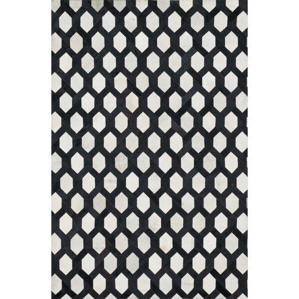 Murtaz Handmade Ivory/Black Area Rug by Latitude Run