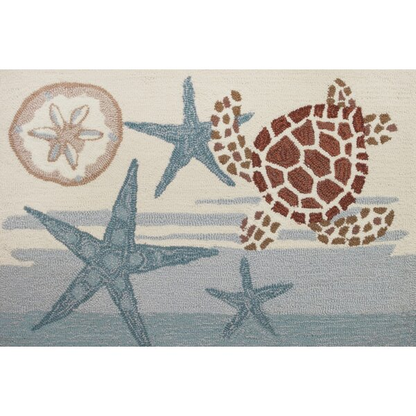 Claverack Coastal Turtle Hand Hooked Blue/Beige Area Rug by Highland Dunes