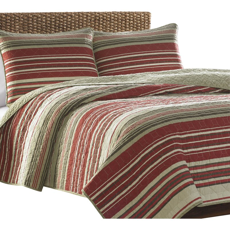 Yakima Valley Reversible Quilt Set