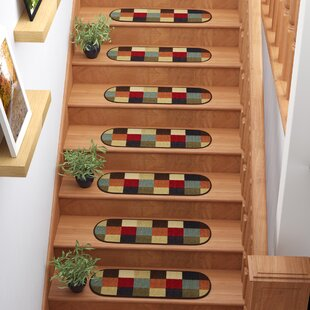 Galesburg Checker Oval Black/Red Stair Tread (Set Of 7)