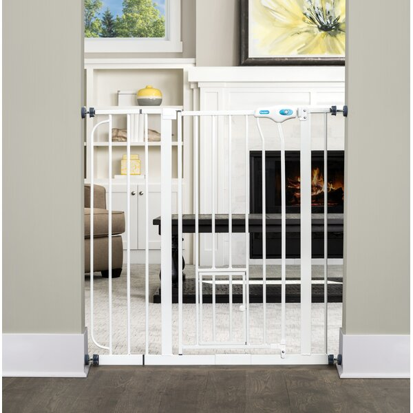 Griffen Pet Gate by Tucker Murphy Pet