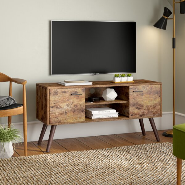 Affordable Lincolnwood TV Stand for TVs up to 50 by Mercury Row