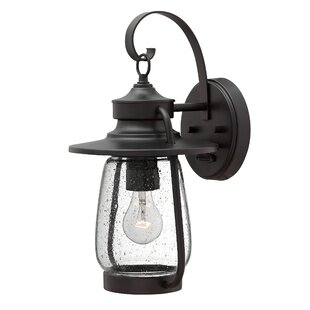 Reviews Calistoga Outdoor Wall Lantern By Hinkley Lighting