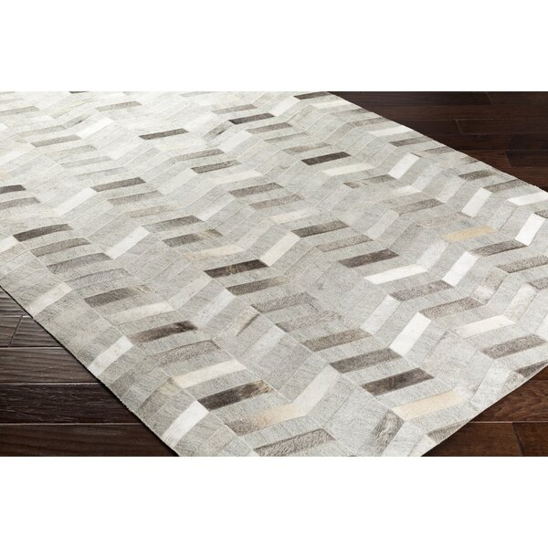 Armando Hand-Crafted Chevron Brown Area Rug by Williston Forge