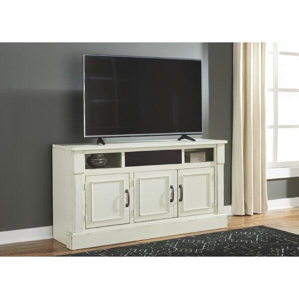Paprocki 62 TV Stand by Gracie Oaks