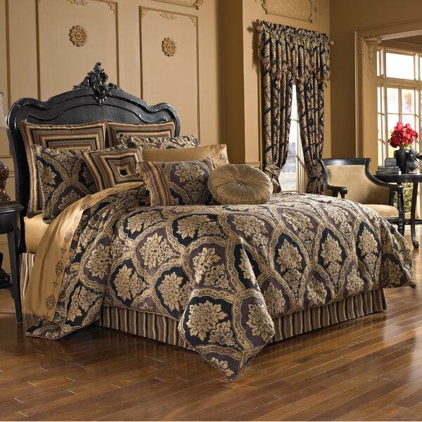 Blissfield Comforter Set