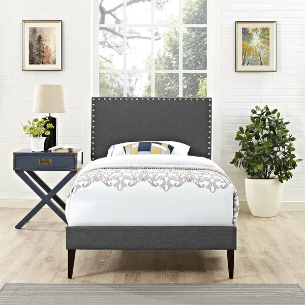 Hervey Upholstered Platform Bed by Charlton Home