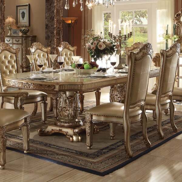 Welles Traditional Extendable Dining Table by Astoria Grand