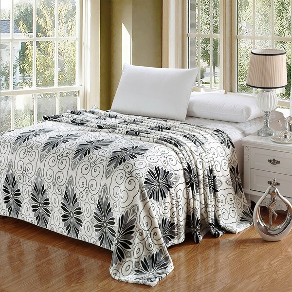 Kailyn Luxurious Oversized Printed Super Soft Plush Flannel Throw by Winston Porter