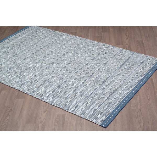 Back Forty Reversible Hand Tufted Wool Ivory/Blue Area Rug by Foundry Select
