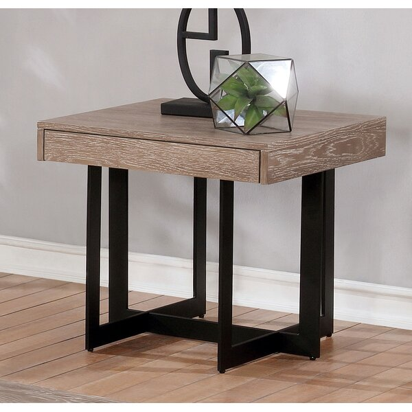 Bosco End Table by 17 Stories