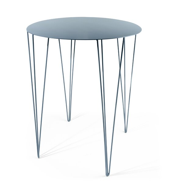 Chele End Table By ATIPICO