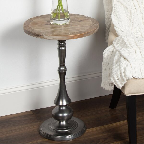 Carignano End Table by Gracie Oaks