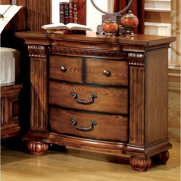 Dodge 3 Drawer Bachelors Chest by Astoria Grand