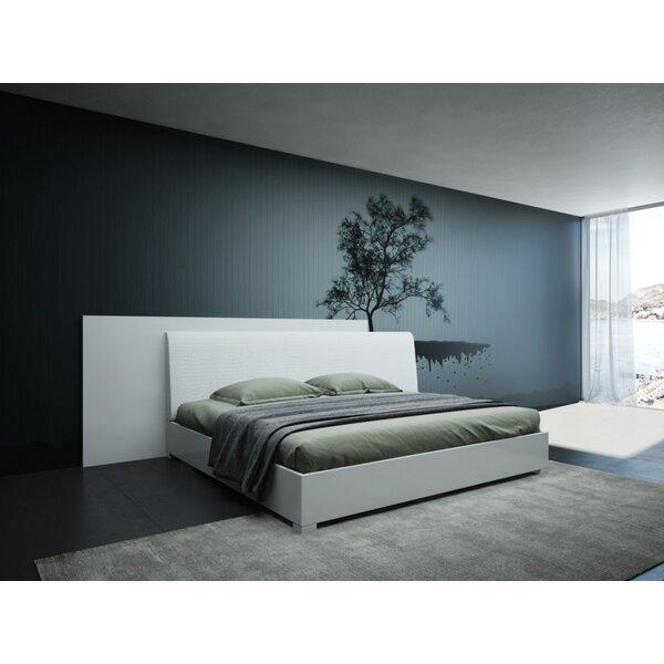 Lucus Italian Modern Upholstered Platform Bed by Orren Ellis