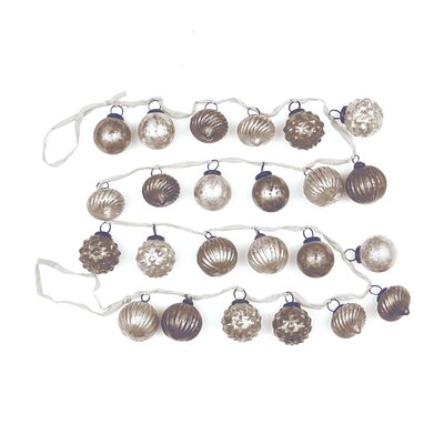 6' Mercury Tree Garland Color: White/Gray