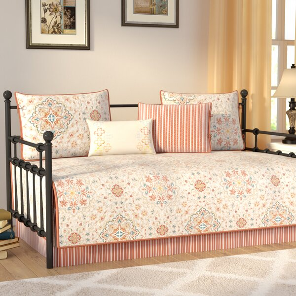Stelly 6 Piece Daybed Set by Alcott Hill