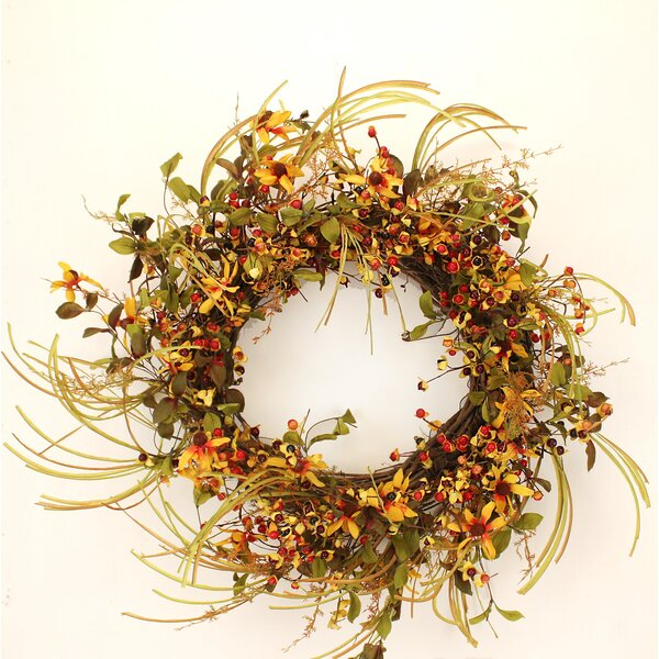 22 Rosebud Wreath by The Holiday Aisle